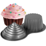 WILTON Dimensions® Giant Cupcake Pan