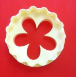 FMM SUGARCRAFT DOUBLE SIDED CUP CAKE CUTTER BLOSSOM