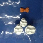 Bow plunger cutter
